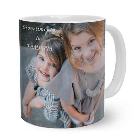 Tazza panoramica personalizzata con bambini e scritta divertimento in famiglia