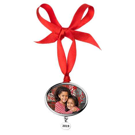 Icon Annual Christmas Photo Ornament