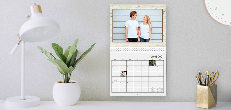 Print personalised photo calendar