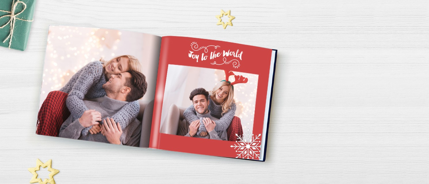 50% off Personalised Gifts : 50% off Photo Books, Classic Canvas, Posters, Cushions & Blankets with code MINCEPIE18